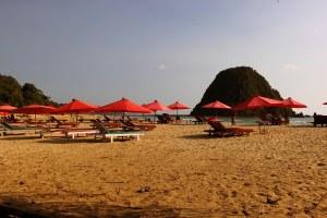 Pantai Merah Di Banyuwangi